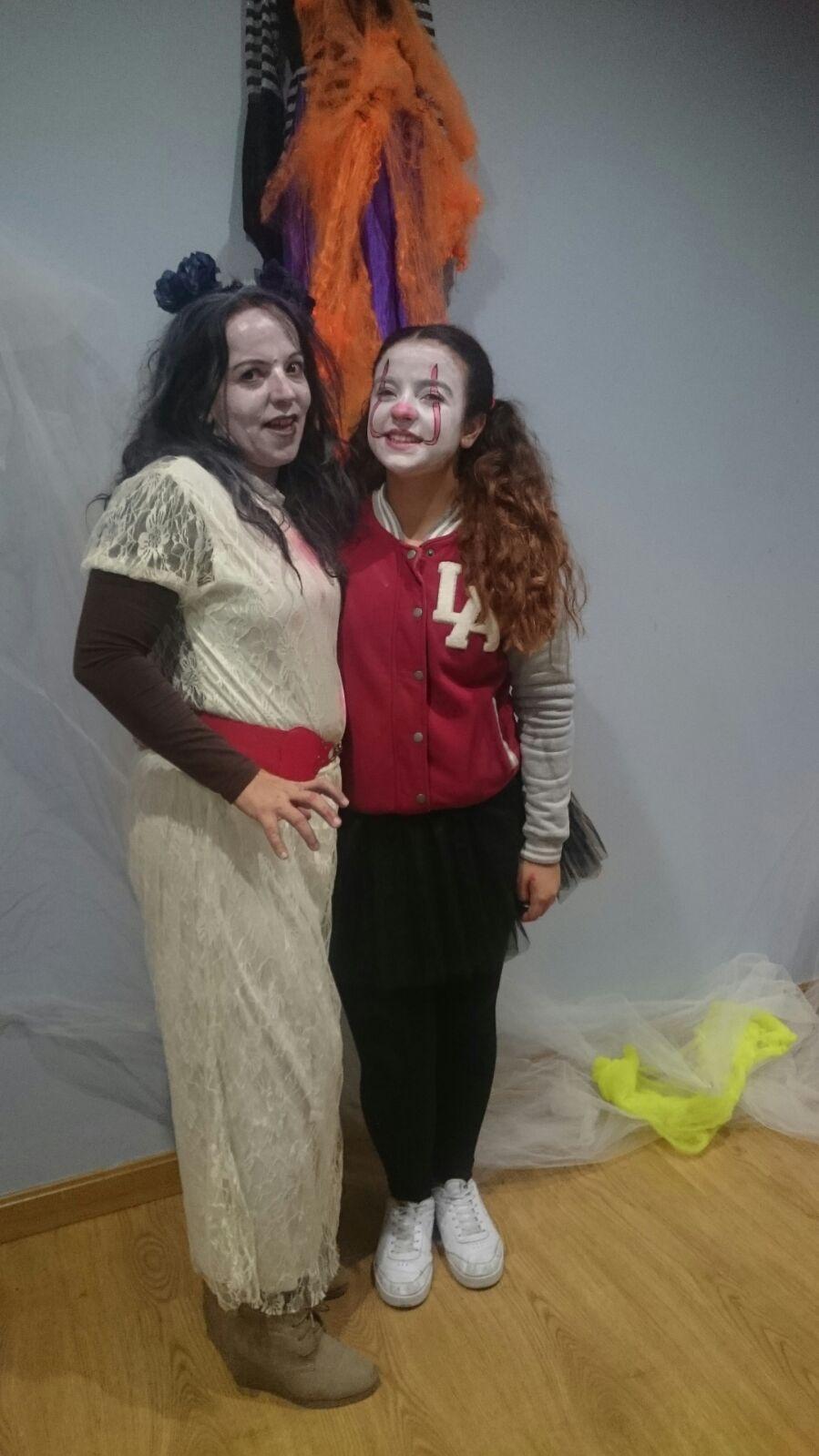 Azucena y María